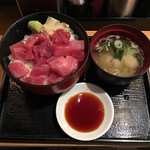 品川 ひおき - マグロぶつ切り丼 これを注文する客が多いのもうなづける