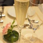 シェヌー - シャンパン