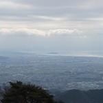 大山阿夫利神社 参集殿洗心閣 - 雪が舞う中、江ノ島が見えます
