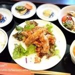 中国料理 ながさき家 - メインが選べるランチ(油淋鶏)