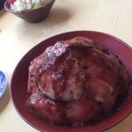 鉢の木 - ローストビーフ丼☆*:.。. o(≧▽≦)o .。.:*☆  ィツからやりだしたのか? ランチメニューだけなのか? めっちゃボリューミー♪