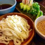 51916163 - 「季節のセット」。最後にうどんとつけ汁が出てくる。今回は冷麺だが温麺も選べる。