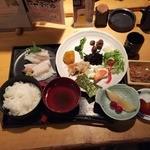 魚可祝 - ランチ刺身定食1,000円+惣菜バイキング