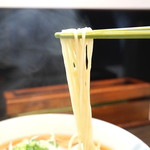 麺や金時 - 醤油ワンタン麺、いただきまぁ~す