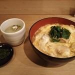 51919362 - 親子丼730円