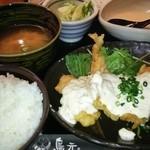 Torigen - 鶏南蛮タルタル定食(しじみ味噌汁・浅漬け・とろろ付き) 750円
