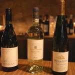 コルク - この日の白ワインの3本