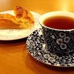 クルックス カフェオ ヨーロピアンリゾートカフェ - アールグレイティー