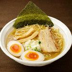 醤道 - 金ラーメン(味玉)