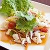 イカのサラダ:ヤム・プラームック