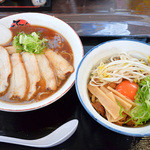 ふく利 - 肉入りと徳島丼