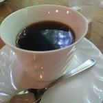 カフェ ヤマト - ケーキセット(900円) ホットコーヒー