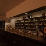 Barホトトギス - 店内バックボード カウンター