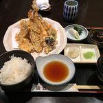 51944051 - 地魚の天ぷらとご飯のセット
