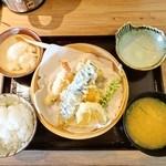 51945742 - 神福天ぷら定食小盛り 990円