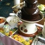 カーメル - チョコレートファウンテン