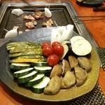 鉄板焼鳥 ニワ - 焼き野菜盛り合わせ♪