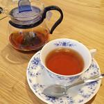 コーヒー 紗蔵 - 紅茶(ポット提供)