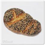 51959037 - ゴマのパン