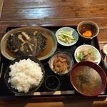 美キ家 - カレイの煮付けランチ850円