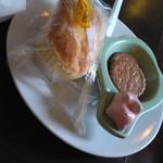 マウンテン - おまけのチーズケーキ、お菓子