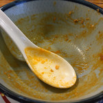51973337 - 担々麺(8辛)ダイハード2:880円                       辛党派にはまだ余裕のレベルやと思います。安心してスープまで飲み干せます( ´ ▽ ` )ノ