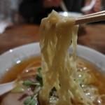 ココノラ - ピロピロと優しい麺です。