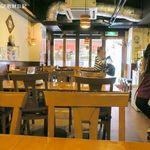 刀削麺 西安飯荘 - 14時過ぎると客はまばら