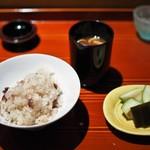 和しょく えびはら - 食事 タコの炊き込みご飯 赤出汁 香の物