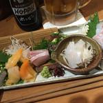 男魚魚 - 刺し盛り この日は7点盛り で 980円!赤貝が美味‼︎、
