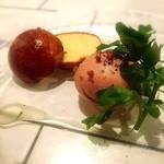 ビストロ チック - フォアグラと鶏白レバーのムース ブリオッシュ添え トリュフ香るハチミツ