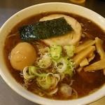めん屋 桔梗 - らーめん@800円を細麺大盛りで。