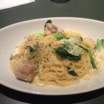 バール LAZY 2 - 大山地鶏と青梗菜のクリームパスタ(16-02)