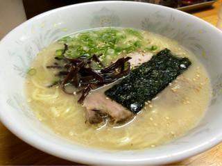 博多とんこつ 大晃ラーメン - ラーメン 670円