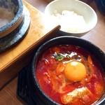 韓国料理Bibim - ホルモンスンドゥブセット