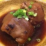 かりゆし - テビチ(豚足の煮付け)