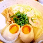 雫 - 水金の鶏塩ラーメン