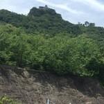 小松島保養センター 長楽苑温泉 - 裏には日の峰山