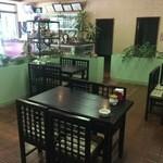 小松島保養センター 長楽苑温泉 - フロアのテーブル席
