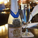 テディ・ルーズヴェルト・ラウンジ - 東京ディズニーシー15周年記念ラベルワイン(スパークリングワイン)