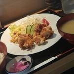 たしろ食堂 - 唐揚げ定食 ¥650-
