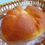 亀井堂 - クリームパン 227円