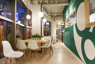 カフェ&パンケーキ gram  原宿店