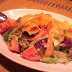 5204831 - トマトと緑黄色のサラダ880円