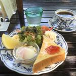 ルクールせきや - 料理写真:ブレンドコーヒー500円とモーニング