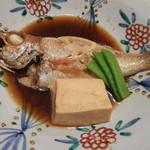 魚菜家旬の花 - 鯛の姿煮