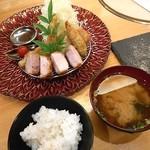 52045667 - 初夏香る・夏野菜ミックスフライ定食