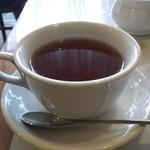 52046976 - 食後は紅茶をいただきました。