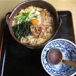 お多福うどん - 年中ある 鍋焼きうどん620円