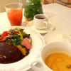 Regal - 料理写真:ハンバーグなど豊富なメニューからお選びください♬